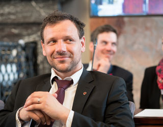 LA Florian Riedl
