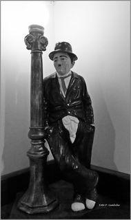 """Er leuchtet allen, die das """"Stille Örtchen"""" aufsuchen. Gesehen im """"Wohnzimmer"""" beim Baumgartner Casino."""
