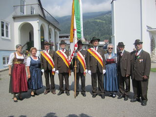Fronleichnam in Bodensdorf: Traditionell beteiligt sich eine Abordnung des Ortsverbandes des ÖKB am Umzug