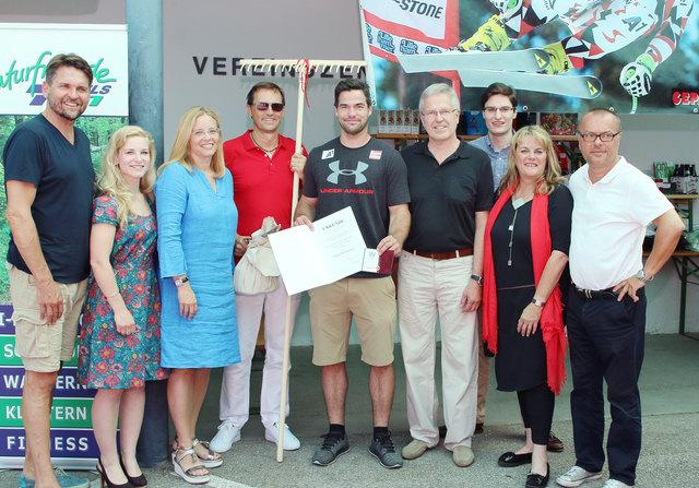 Vincent Kriechmayr startete seine Karriere beim TVN Sparkasse Colop Wels und wurde mit dem Sportehrenzeichen in Gold ausgezeichnet.