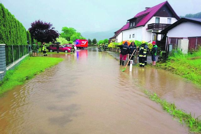 Die Feuerwehren bereiten sich auf Unwetter vor - wie hier in Weißkirchen. Foto: FF/Freigassner
