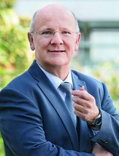 Sparkassen-Generaldirektor Michael Rockenschaub
