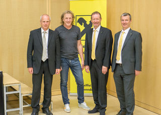 Von links nach rechts: Obmann Johann Riedl, Joe Pichler, Wolfgang Kaltenleitner und Dir. Erich Pichler.