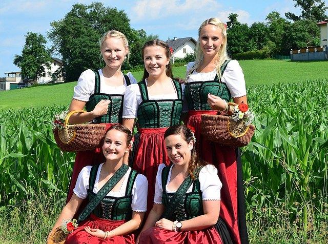 Marketenderinnen der Blasmusik Puchkirchen