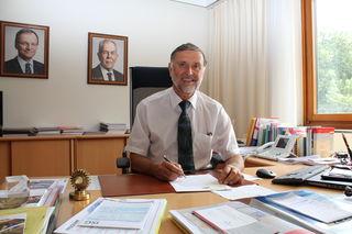 Martin Gschwandtner und seine Mitarbeiter haben alle Hände voll zu tun: Sie verwalten einen Bezirk der Superlative.