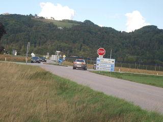 Die gefährliche Mühllackner Kreuzung, wo es zahlreiche Unfälle gab, existiert nicht mehr lange in Feldkirchen.