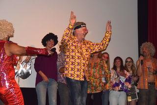Werner Pollak, Sieger bei der Kostümprämierung, bedankte sich beim Publikum für den Applaus