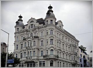 Miethaus, Wien 6, Mariahilfer Gürtel 2 / Gumpendorfer Straße 144 (Ausf. M. u. J. Sturany) BJ 1905 Architekt Stephann Carl