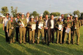 Die Wettkampfgruppe der Feuerwehr St. Martin an der Raab-Berg gewann im Bezirksbewerb alle vier Hauptkategorien.