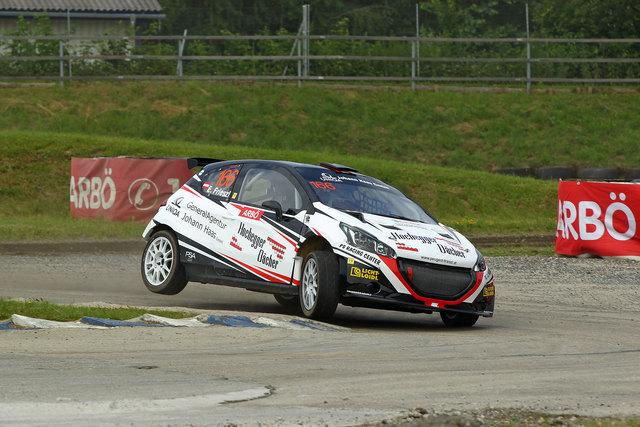 Erwin Frieszl fuhr beim Heim-Staatsmeisterschaftslauf im PS Racing Center Greinbach auf den zweiten Platz.