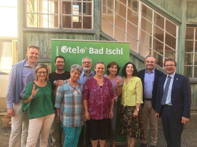 Das OTELO Bad Ischl Team bei der Eröffnung.