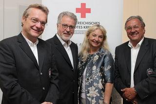 Das neue OÖ. Rot-Kreuz-Präsidium (v.l.): Vzpräs. Günter Mayr, Präs. Walter Aichinger, Vzpräs. Wilbirg Mitterlehner und Vzpräs. Erhard Hackl.