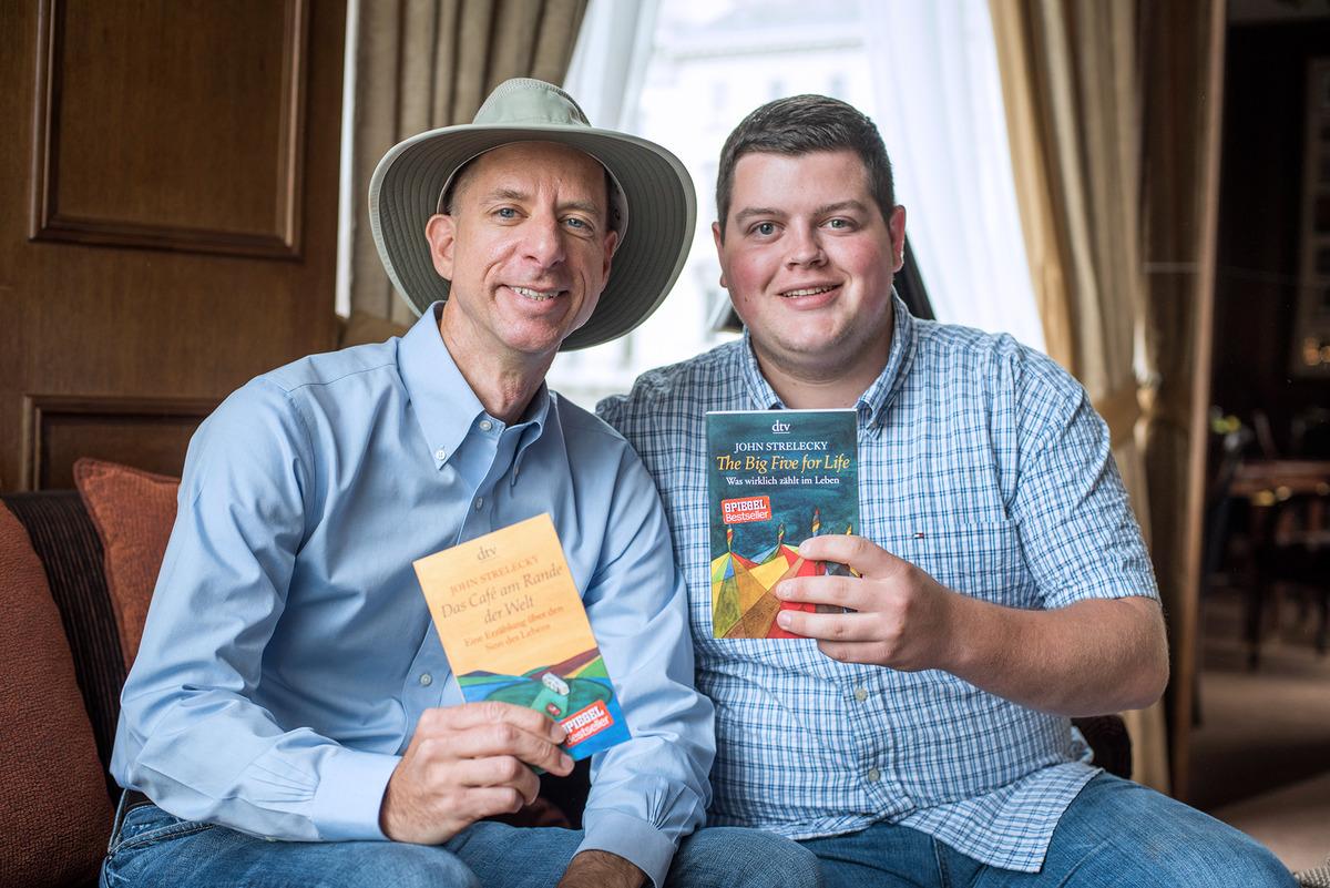 Big Five For Life: Bestseller-Autor John Strelecky im Interview - Wien
