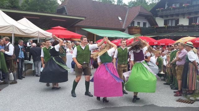 In Hirschegg zeigten viele Tanz- und Musikgruppen, was sie können.