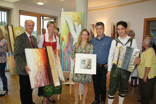 Bürgermeister Martin Bruckner, Abg. Martina Diesner-Wais, Künstlerin Renate Amon, Helmut Amon und Sebastian Süss .