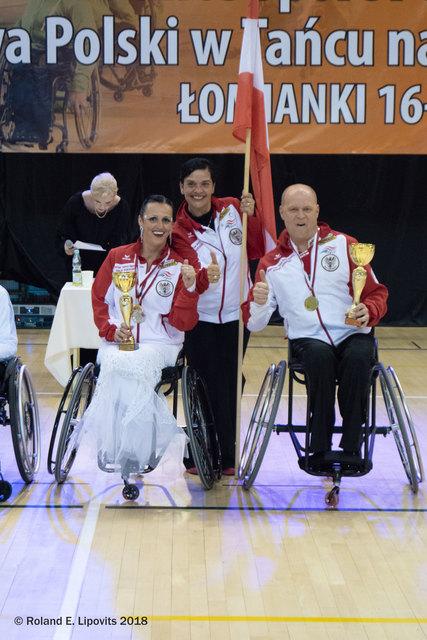 v.l.n.r. Sanja Vukasinovic, Teammangerin Kerstin Govekar, Robert Pleininger