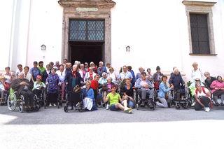 Die SeniorInnen mit Begleitung in Maria Kirchental.