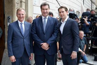 v. l.: Landeshauptmann Thomas Stelzer, der Bayrische Ministerpräsident Markus Söder und Bundeskanzler Sebastian Kurz.