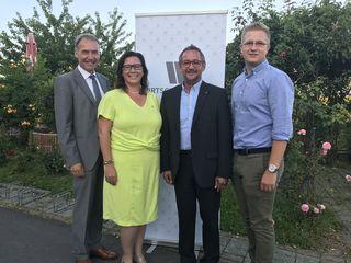 Der neugewählte Bezirksobmann Josef Kropf (2.v.r.) mit Landsobmann Peter Nemeth (links), Obmannstellvertreterin Sonja Wagner und Obmannstellvertreter Stefan Wiener.