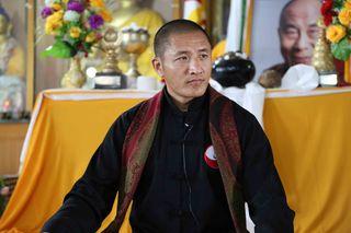 Der buddhistische Meister Tulku Lobsang kommt nach Währing.