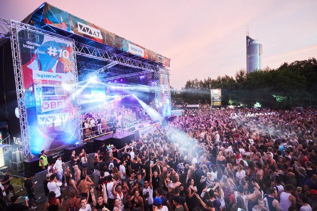 Alles strömt auf die Insel: Das kostenlose Open-Air-Festival verzeichnet jedes Jahr Millionen Besuche.
