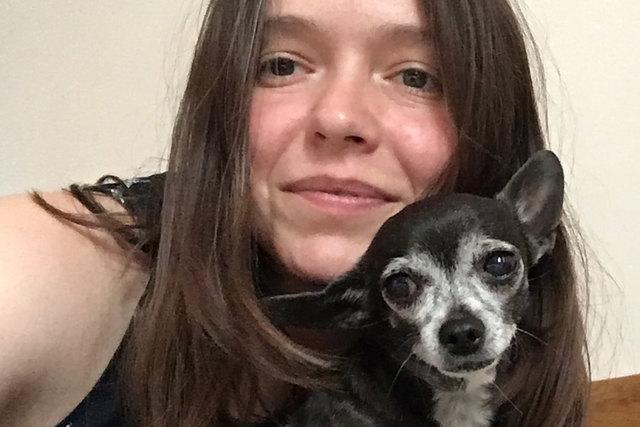 Jessica vermisst ihren kleinen Liebling, die zwölfjährige Chihuahua-Dame Nika.