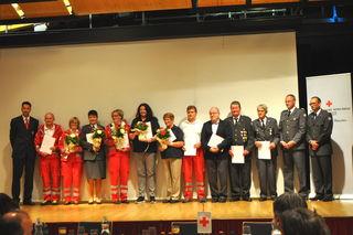 Zahlreiche Auszeichnungen konnten bei der Bezirksversammlung überreicht werden.