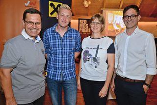 WKO-Leiter Hans Moser, JW-Vorstand David Falkner, FidW-Vorstand Karin Aigner, WKO-Spartenobmann Michael Pecherstorfer.