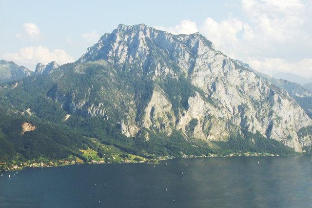 Der Traunstein hat ein Höhe von 1691 Meter ü. A.