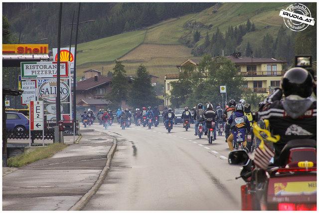 Am vergangenen Wochenende fand der Ötztaler Mopedmarathon statt - die Tiroler Polizei führte einen Schwerpunkteinsatz durch.