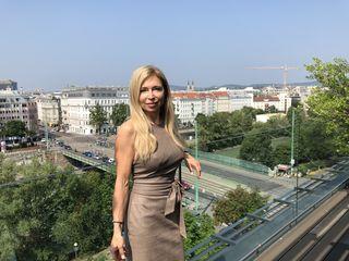 Dagmar Schmidt war als Kunstturnerin aktiv und ist nach wie vor Trainerin für Turnen.