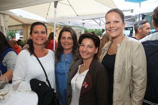 """Birgit, Verena, Sylvia und Lisa ließen sich die  Köstlichkeiten der """"Kulinarium Attersee""""-Wirte schmecken."""