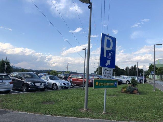 Für das Parken beim LKH wird ab Juli gezahlt.