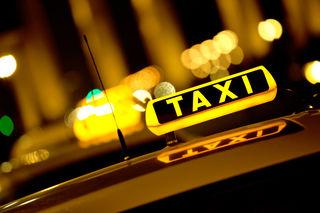 Die 2.500 Wiener Taxiunternehmer, die gemeinsam für 8.000 Arbeitsplätze verantwortlich zeichnen, sind in Bedrängnis.
