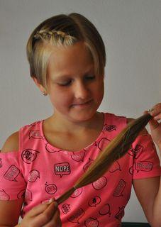 Die Haare sind ab! Anna Reisenzaun spendete sie für kranke Kinder. Daraus wird eine Perücke gemacht.