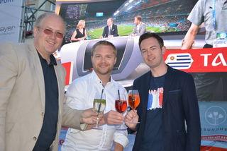 Alfred Pohl, Erich Stubenvoll und Manuel Bures eröffneten die Public Viewing Zone am Hauptplatz