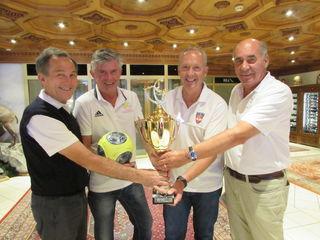 Renato Besenzoni (I), Franz Feckl (D), Martin Sieberer (Ö) und Hans Strähl (CH) sind die Präsidenten der Fußballnationalmannschaften der einzelnen Länder.