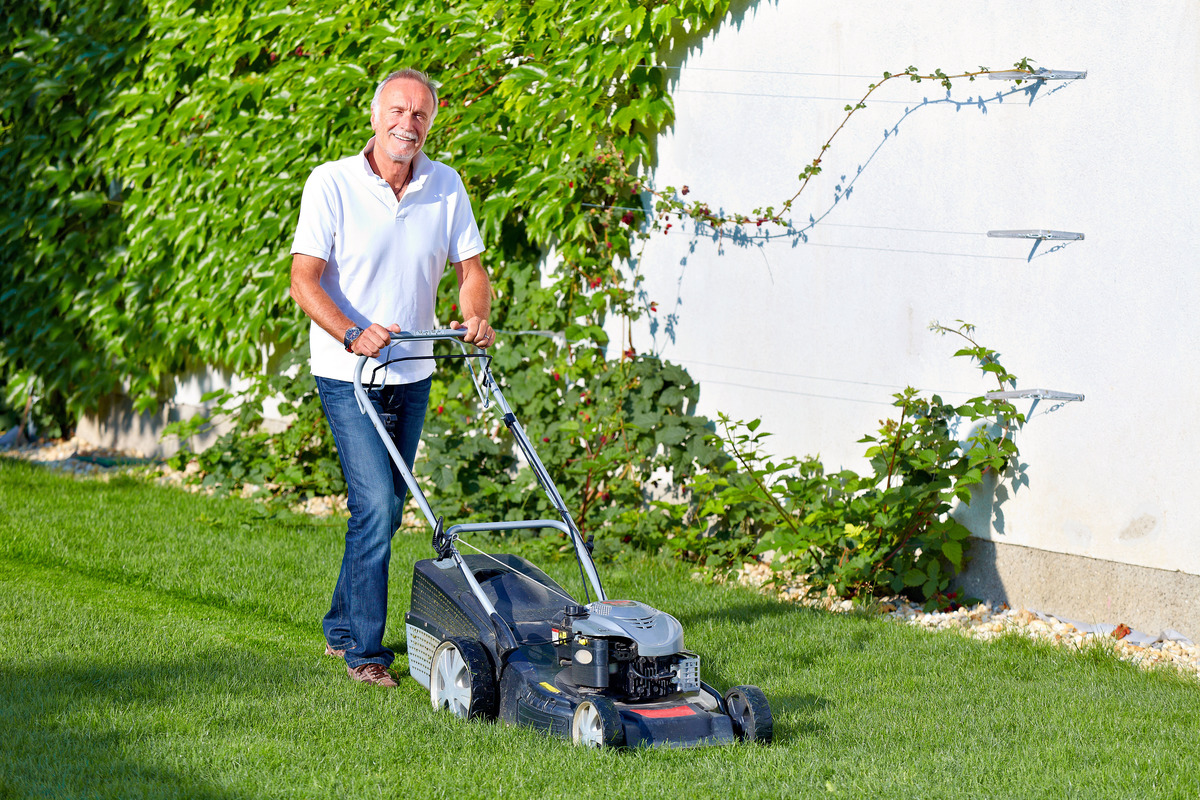 Rasenmahen Und Ruhezeiten Was Ist Erlaubt Grieskirchen Eferding