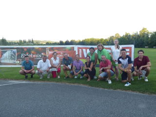 Gemütliche Golfrunde: Die Teilnehmer des After Work Cup präsentiert von der WOCHE hatten sichtlich Spaß. Am 11. Juli geht's weiter.