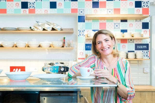Mit Herz: Katharina Tengler-Tscheppe freut sich auf ihr eigenes Lokal, wo sie auch immer die Gäste selbst betreuen wird.