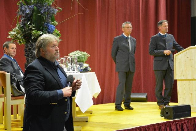 AR-Vorsitzender Walter Eisenmann, Martin Kofler (Abt. Tourismus, Land Tirol), Obmann Johannes Adelsberger und GF Lukas Krösslhuber (v.l.).