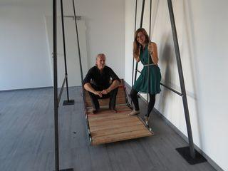 Mit Rollstuhlschaukel: Christian Rammel und Laura Hohoff des Playparks
