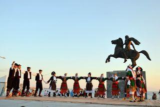 Die Tanzgruppe tritt zweimal in GU-Nord auf.