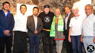Narayan, Tshering Lama Sherpa, Dipendra Himalaya Karki vom Everest Inn (Sponsor), Frizzey Greif, Christine Jarosch, Dil Ghamal - Sensei Sushi Bar, Claudia & Rizzi Lama.