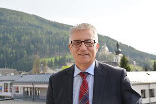 """Steidl bekräftigt: """"Salzburg soll das Holzkompetenz- und Innovationszentrum Europas werden, mit vielen guten und qualifizierten Jobs."""""""