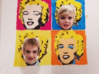 """Beim Theaterstück """"Vernissage"""" war unter anderem eine Neuinterpretation des berühmten Bildes von Andy Warhol mit Marlon und Toni als Marilyn Monroe zu sehen."""
