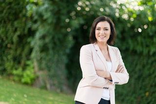 Im Mutterglück: Ministerin Elisabeth Köstinger ist seit 8. Juli Mutter ihres Sohnes Lorenz Johannes