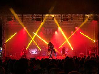 """Den musikalischen Abschluss auf der Komma-Kultur-Bühne machte die österreichische Rockband """"Turbobier"""" ab 24 Uhr."""