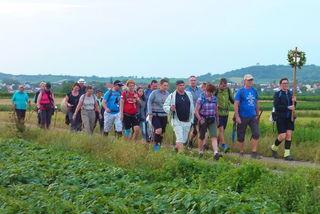 36 Pilger aus St. Margarethen auf ihrer 130 Kilometer-Reise nach Mariazell.