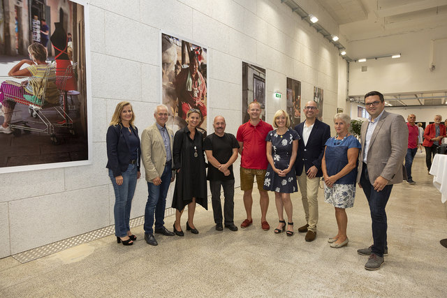 Großen Anklang fand die Ausstellungseröffnung von Anna Ehrlich im Alten Kino in Leibnitz.